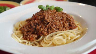 spaghete cu sos bologneze